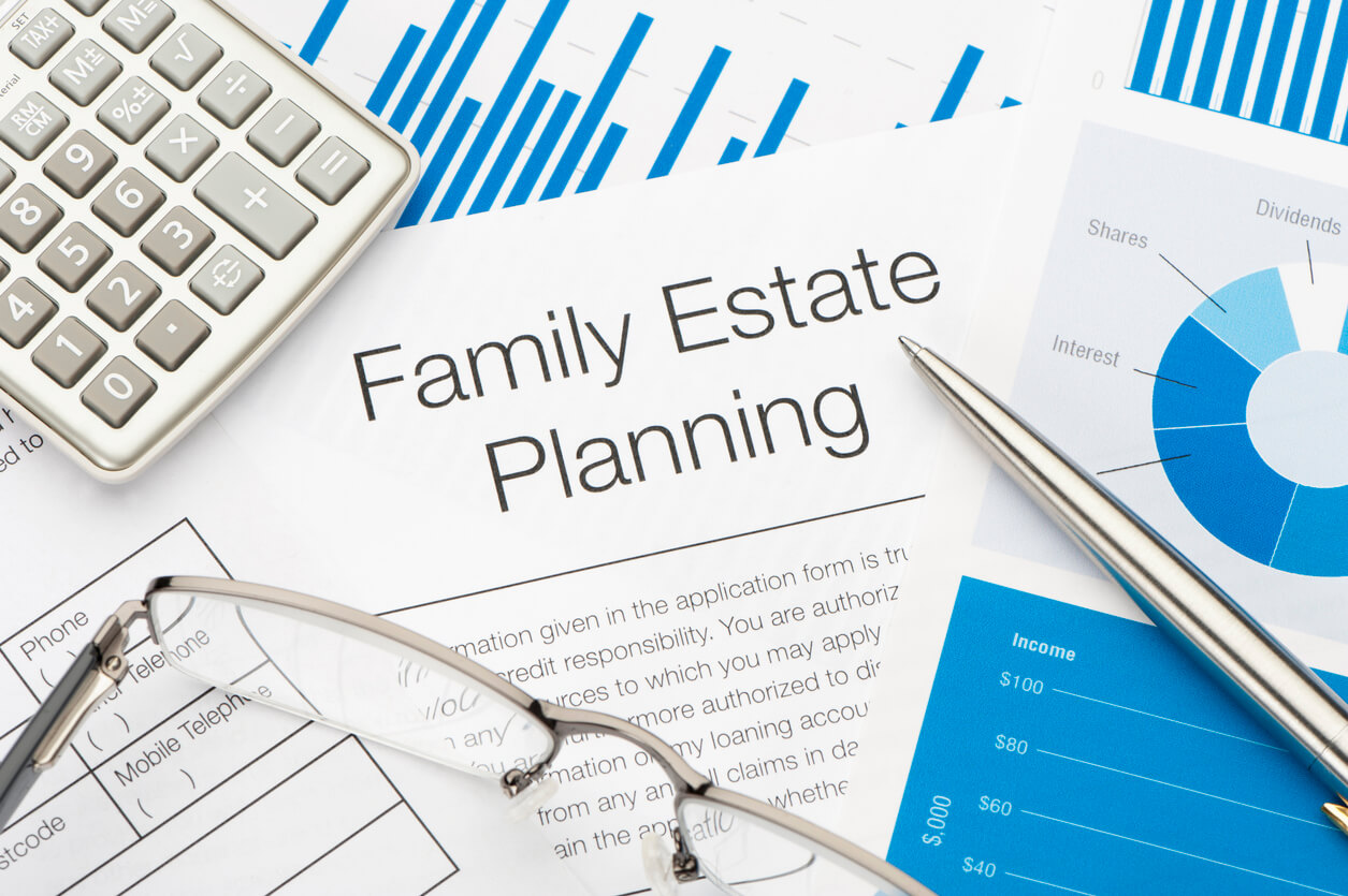 8 Things to Consider Before Hiring an Estate Planning Attorney