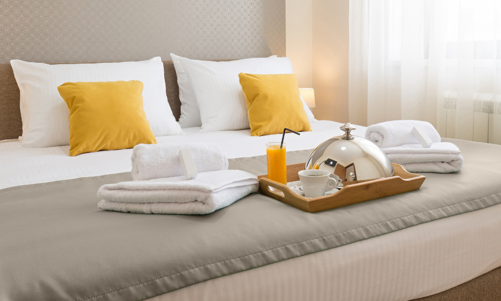 booking a hotel room as part of form 3903