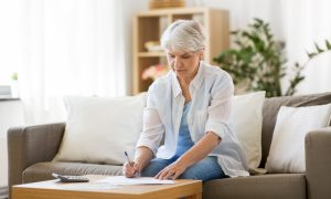 woman learning types of annuities